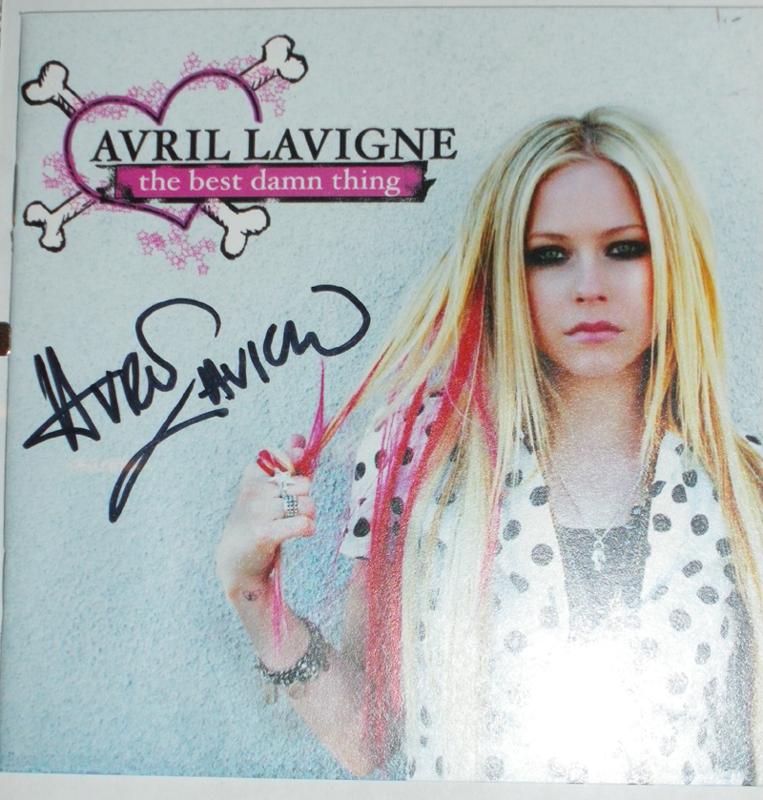 MY AUTOGRAPHS Avril Lavigne
